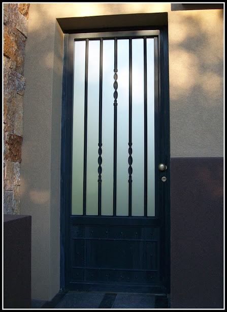 Puertas de 1 y 2 hojas
